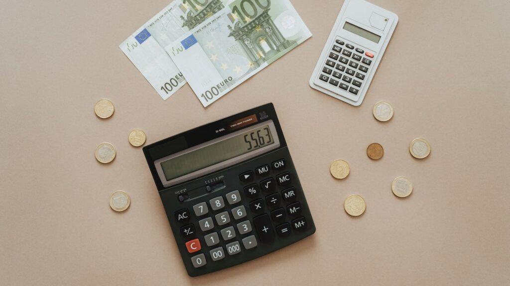 Cómo tributan los préstamos entre particulares
